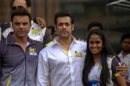 Salman Khan, Sohail Khan and Arpita Khan