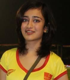 Akshara Hassan