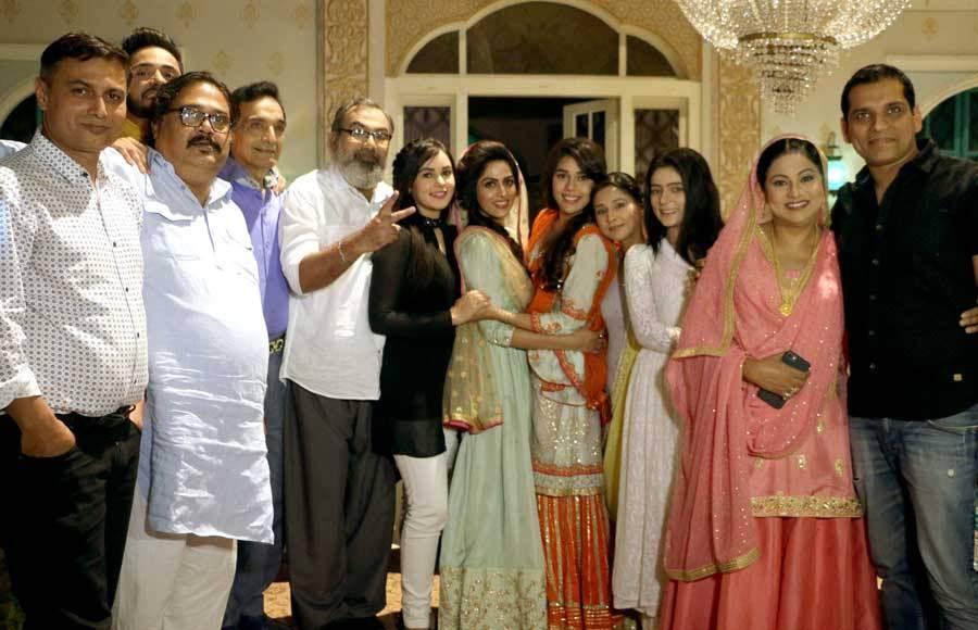 Adnan Khan and Eisha Singh celebrates their birthday on Ishq Subhanallah sets