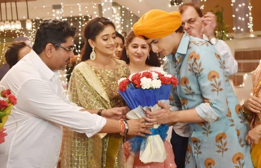Mohsin Khan's birthday celebration on Rajan Shahi's set!